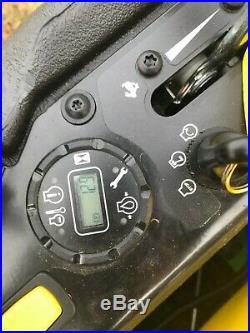 2018 John Deere Z930M 60 Light Use. Only 13 Hours