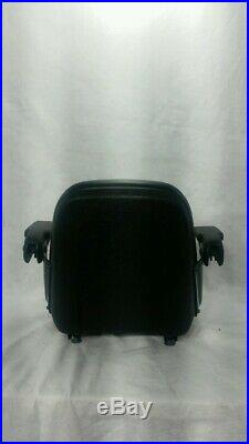BLACK SEAT With ARM RESTS FOR ZERO TURN MOWERS, RIDING MOWERS, LAWN TRACTORS #UZA