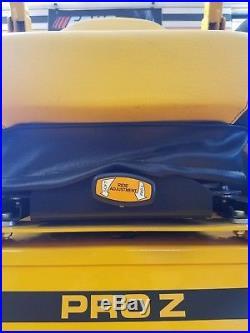 Cub Cadet Pro Z-100 60 Commercial Lawn Mower