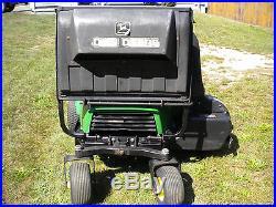 John Deere F620 ZTrak 20HP 48 Cut Zero Turn Mower withPower Vac Dump Bagger