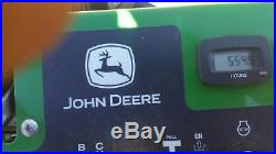 John deere zero turn lawn mower stand on comercial 652 R