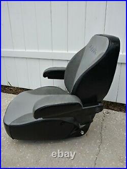KUBOTA SEAT OFF Z724x MODEL ZERO TURN MOWER OEM